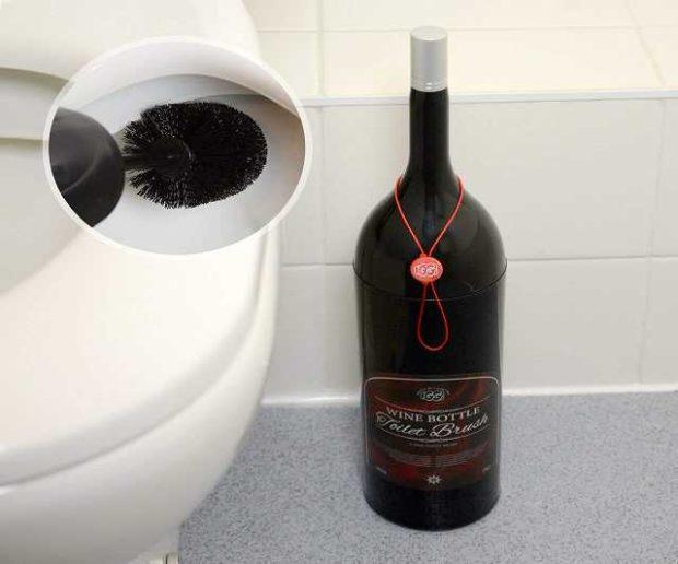 Weinflasche WC Bürste